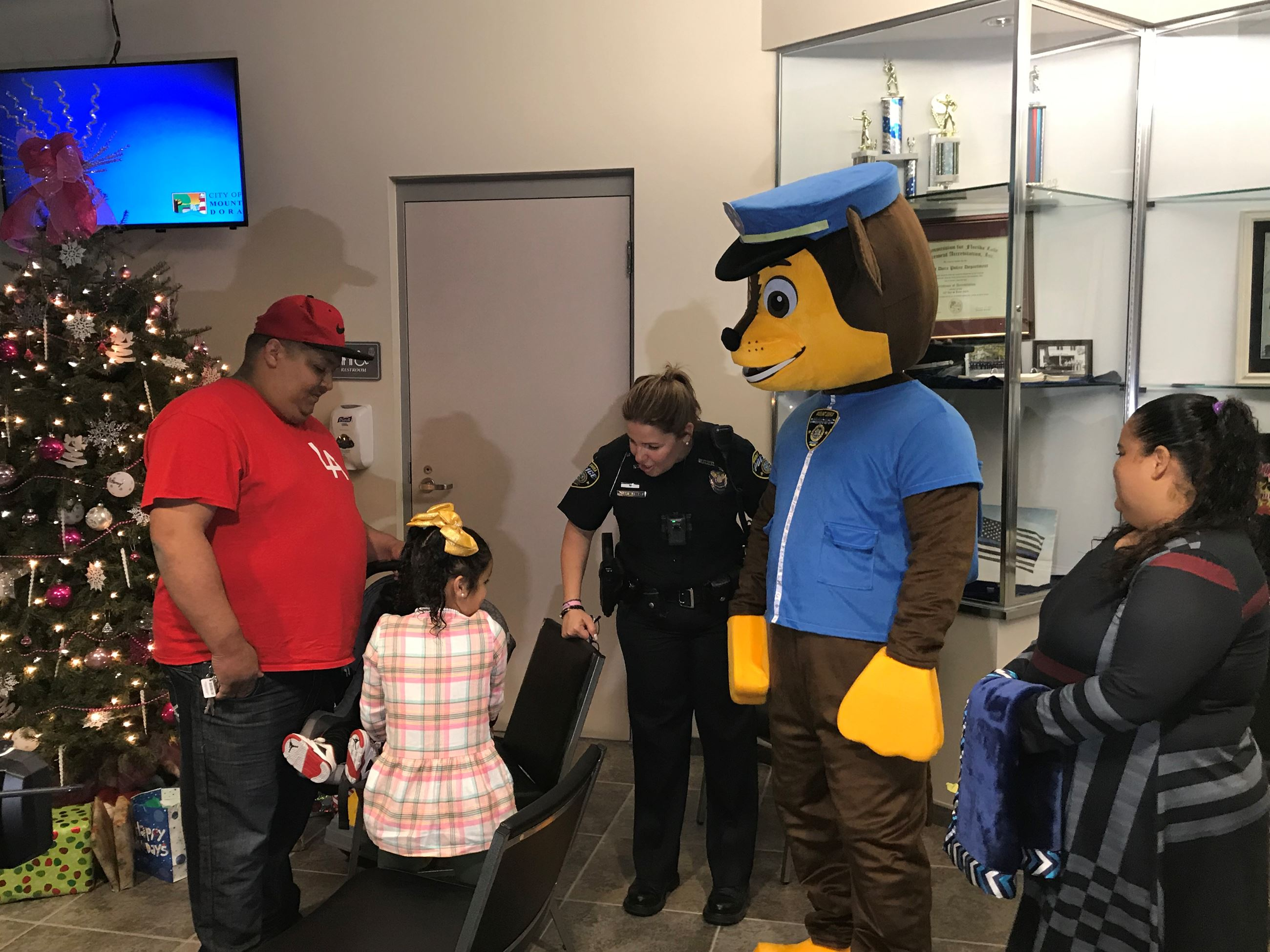 Family Meeting Chase from Paw Patrol