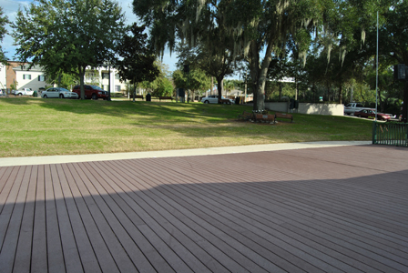 Donnelly Park Building Deck and Hill